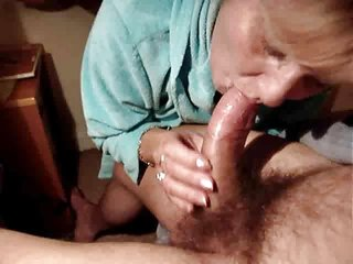 Granny gets an anal creampie..RDL