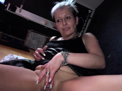 OldNanny Solo Granny is tugging