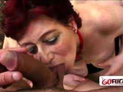 Horny granny Tamara shrieks loud as she gets her poon squashed