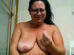 Granny shakes her big ass