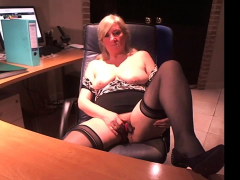 masturbate in black stocking webcam