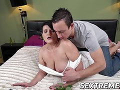 Big-chested mature rails a big shaft and receives cum on her face