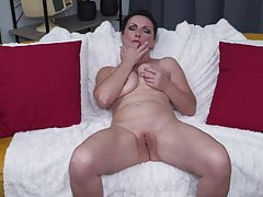 Mother wants anal and fuckbox fuck