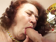 chubby mummy fucked by her hairdresser