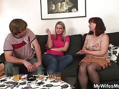 Wife watch her old mother inlaw rails his salami