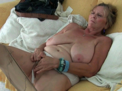 Euro granny Tarra dildos her over 70 year  twat