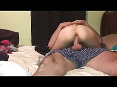 Skinny  had oral orgasm during 69 then rides to creampie