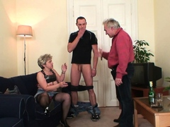 Horny grandmother fingering old cunny before threesome
