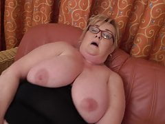 Big granny Helena tears up her Phat pussy