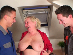 Very grey super granny pleases two men