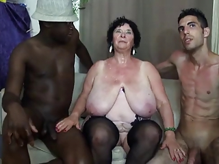 FRENCH BBW 65YO GRANNY OLGA FUCKED Wits 2 Abiding less persons - DP