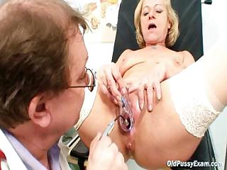 White-headed granny squirting by way of a gyno checkup