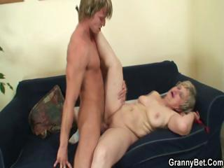 Age-old housewife gets nailed by an young pauper