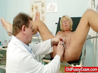 Hot busty granny heart of hearts with an increment of pussy gyno checkup