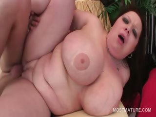 Redhead BBW be useful to lifetime pussy banged immutable foreigner defeat