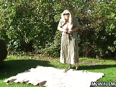 He pulverizes his old mom in law outdoor