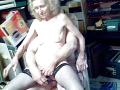 JOSEE    old bitch   a highly old girls 4 sex