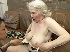 Hairy granny getting licked by young nymph