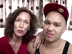 Real mature mom fucked by young not her sonnie