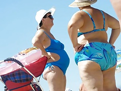 Russian  with fat asses in the beach! Amateur!