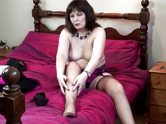 Real mature mommy makes her first porn vid
