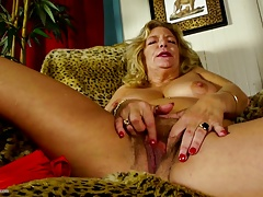 Mature.nl presents Granny fingering her hairy poon