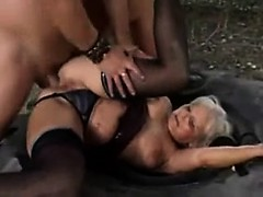 Young stud finds mature woman outdo Louise from 1fuckdatecom
