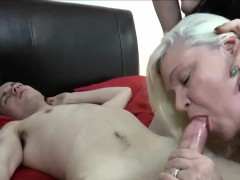 GILF And Brown-haired Threesome Sex