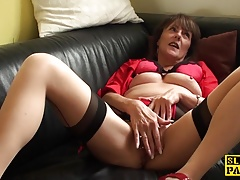 pierced uk grannie masturbating