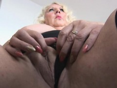 VIP busty blonde tramp pussy poked hard in close up