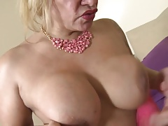 Mature whore mummy suck and tear up young lover