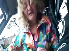 Old Granny gets picked up to suck some dick