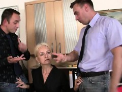 Granny guzzles two chisels at job interview