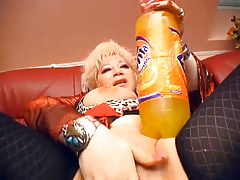 Granny Insterts 2L Fanta In Her Coochie