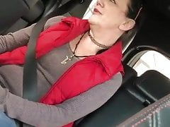 excellent granny pros bj in car